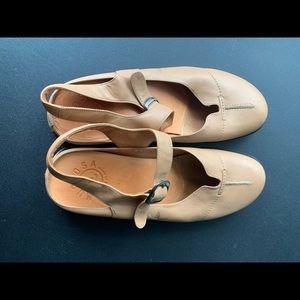 Murtosa Mary Jane Shoes